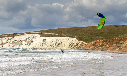 Kitesurfing Isle of Wight – Tom court in action at Compton Bay